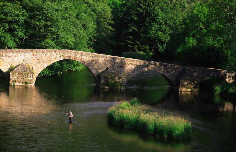 Pont de Menat (Photo: Remy Lacroix)